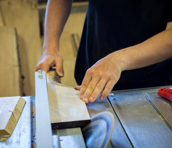 Warsztat stolarski - czego nie powinno w nim zabraknąć?