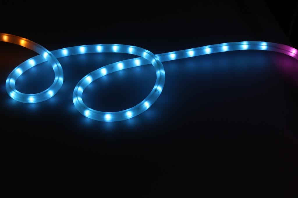Taśmy i profile LED - jak wybrać odpowiednie?